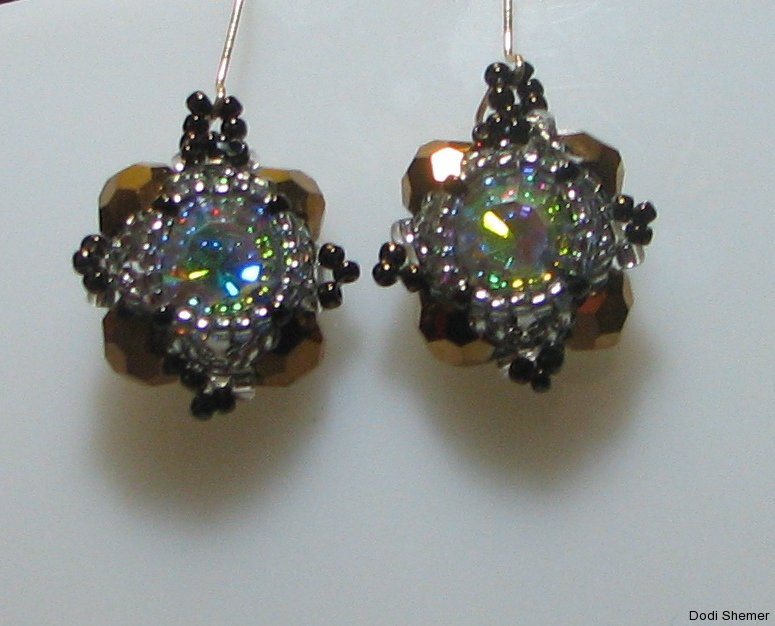 1_earring_small_royal_10_img_6342