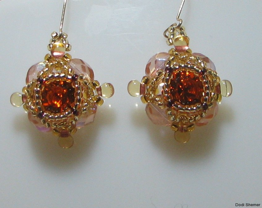 1_earring_small_royal_12_img_6345