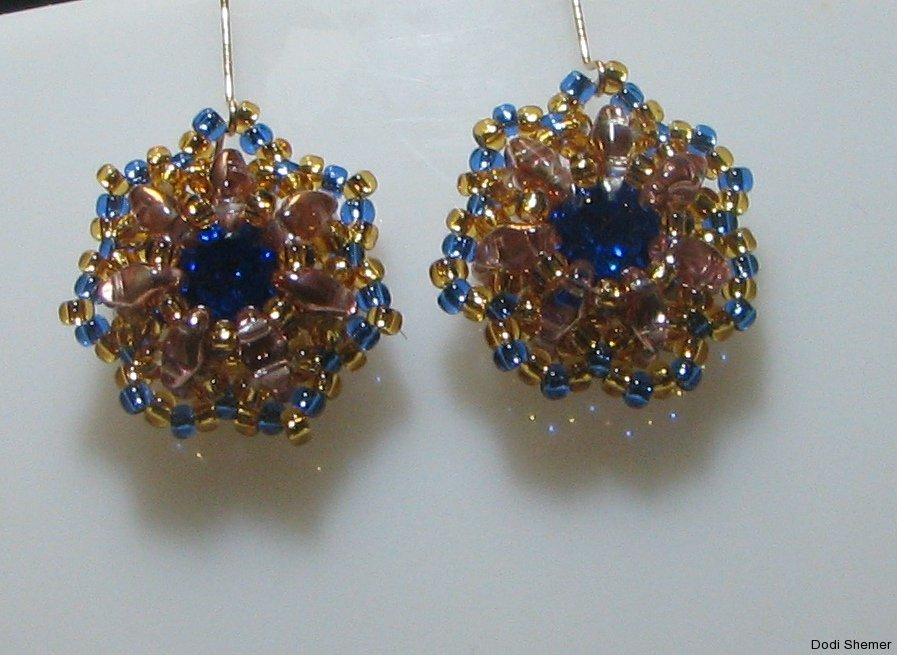 1_earring_small_royal_13_img_6346
