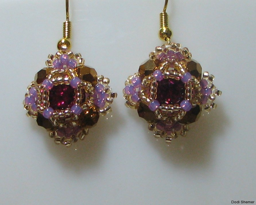 1_earring_small_royal_8_img_6280