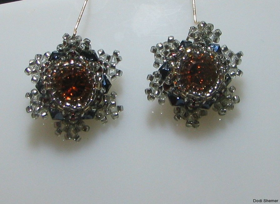 1_earring_small_royal_9_img_6340