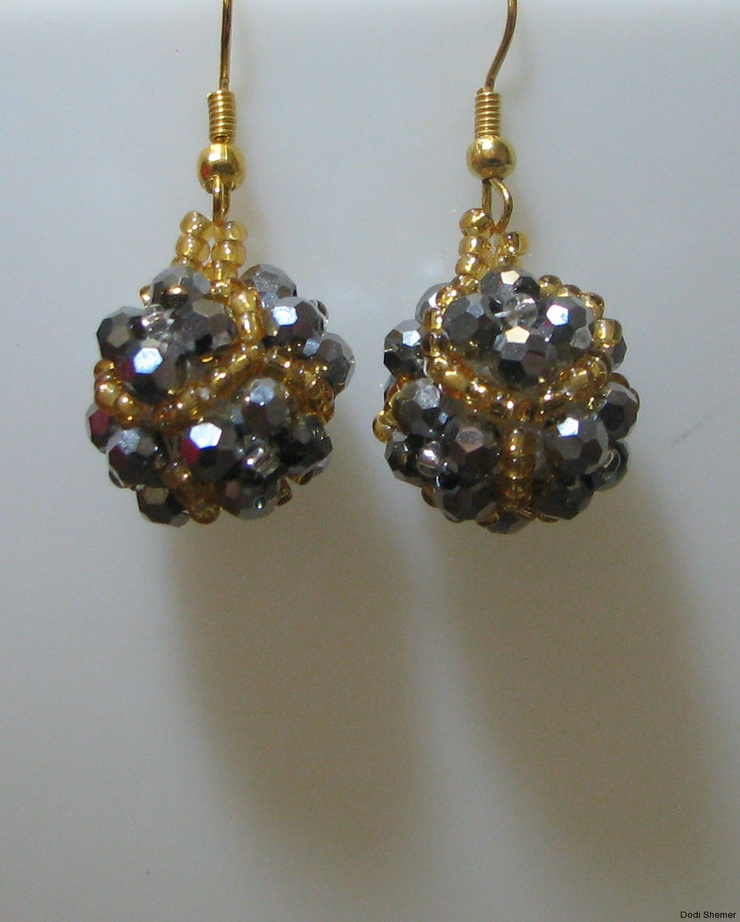 2_earring_dodi_ball_2_img_6265